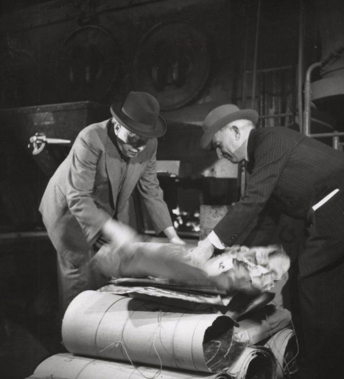 Rouault détruisant ses œuvres, 1948 ©YC